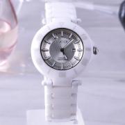 卡地亚 防过敏 高密度 抗高温 耐磨损 日本机芯陶瓷手表 女表 带日历显示
