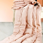100%全棉防羽布 驼毛中空棉填充 子谷川驼毛被